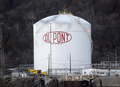 DuPont, Chemours Agree To Settle Teflon Cases For $671M - Law360